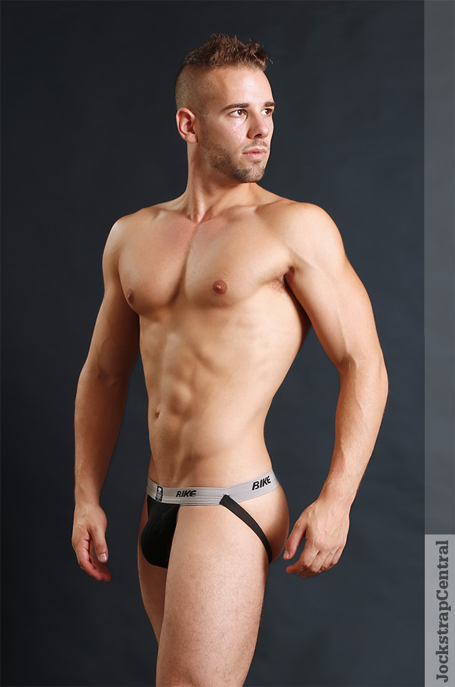 daily-jocks-nude